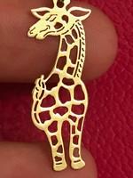 14K arany zsiráf medál