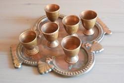 Arábiai vörösréz kávés készlet 6 db kisméretű talpas kupica + tálca