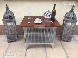 Ipari bútor, Industriál dohányzó asztal.
