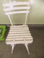 Régi kerti szék jó állapotban
