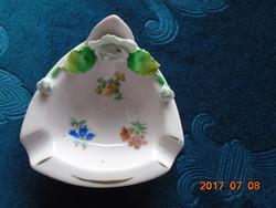 Drezdai antik Kézzel készült rózsaszínű porcelán miniatűr dísz dombor fehér rózsával