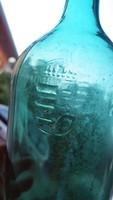 Címeres-koronás kristályvizes 2 literes üveg