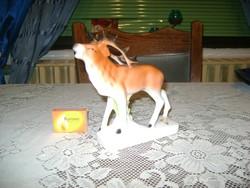 Porcelán szarvas figura - jelzett
