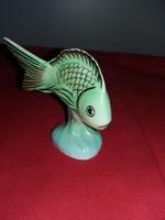 Porcelán hal.