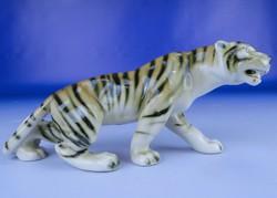 0E185 Royal Dux porcelán tigris szobor