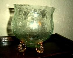 Halványzöld repesztett üveg váza, rózsaszínű, csavart lábak