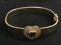 14k arany karperec, szív alakú zafirral és gyémántokkal