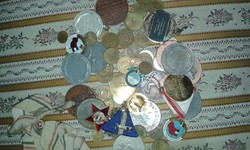 Érmék pénzek plakettok  majdnem 1 kg zsákbamacska