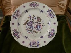 19. századi herendi tányér magyaros mintával
