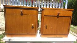 Jó állapotú tiszta  fa art deco szekrény eladó - két éjjeliszekrény 6200Ft/db áron