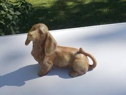 Csodaszép kutyus kutya tacskó szobor