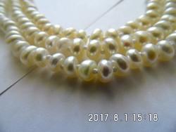 Három soros gyöngy nyaklánc