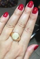 Női arany pecsétgyűrű