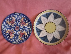 2 db antik fajansz tányér az egyik Zsolnay perzsa mintás stílusban