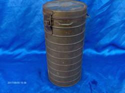 II. világháborús gázálarc tartó