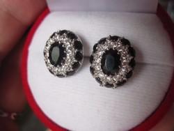 Nagyon előkelő sötétkék zafír 925 ezüst fülbevaló