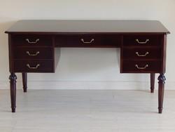 Neoklasszicista íróasztal [A22]