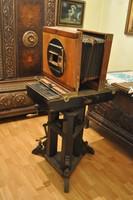 Antik műtermi fényképezőgép eladó R.A Goldmann 1856-ban készült