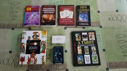 Tarot, jóskártya és ezoterikus könyvcsomag.