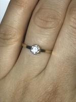 17 mm Szépséges 0.10ct gyémántköves 14kt magyar aranygyűrű