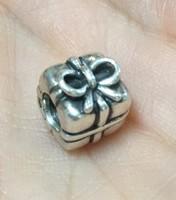 Eredeti Pandora charm, ezüst