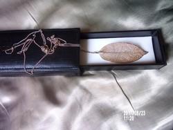 Különleges nyaklánc