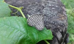 68 szikrázó mikrocirkonnal díszített jelzett SZÍV ezüstgyűrű