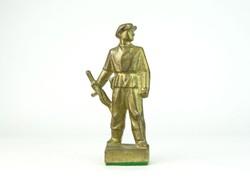 0N543 Fegyveres férfi munkásőr szobor 14 cm