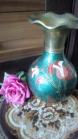 Súlyos, sötét türkiz réz vàza piros rózsa/ orchidea kézzel festéssel, fodros szàjjal!
