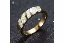 Fehér opál berakásos gyűrű különlegesség 8-as ÚJ!