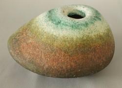 Simó Ágoston kavics váza