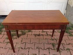 Copf kihúzható kàrtya asztal