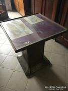 Antik asztal réz bevonatú talppal