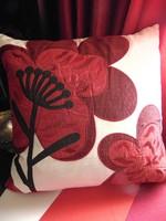 NYÁRI AKCIÓ !!!!!!!!!!!!!!!!!! Szép díszpárna piros virággal