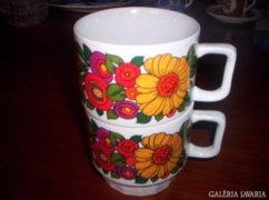 2 db teás csésze
