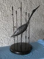 Munkásmozgalmi fusi giccs . Gólya madár buzogány kollázs szobor