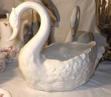 Hattyú alakú porcelán kaspó