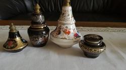 4 db porcelán pafümös üveg, tégely