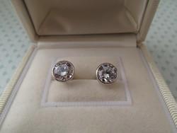 Köves stekker ezüst fülbevaló - beszúrós csillogó kövekkel