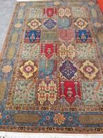 Antik iráni kézi szőnyeg