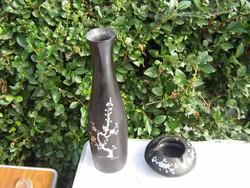 Régi keleti lakkozott gyöngyház berakásos nagy váza és hamus