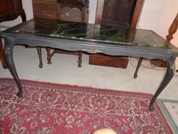 Dohányzó asztal, márványlap betéttel