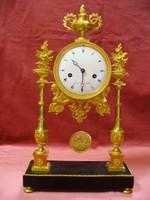Francia asztali óra tűzi aranyozott bronz
