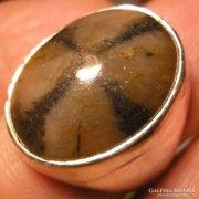 925 ezüst gyűrű, 17,4/54,6 mm,kiasztoittal, masszív