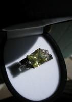 925 ezüst gyűrű, 19,2/60,3 mm, cirkonokkal