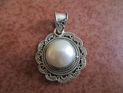 Meseszép tenyésztett gyöngy - ezüst medál