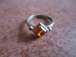 Borostyán ezüst gyűrű
