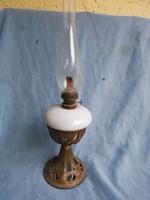 Budapest lámpagyár.Petróleumlámpa porcelán betéttel.1890 körül.