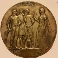 Berán Lajos :TESZ  ezüstözött érem, mérete:61mm,elölapján a Nemzeti Munkahét 1934 ki lett köszörülve