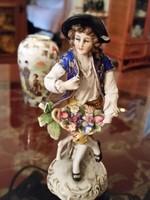 Régi jelzett sérűlt porcelán figura